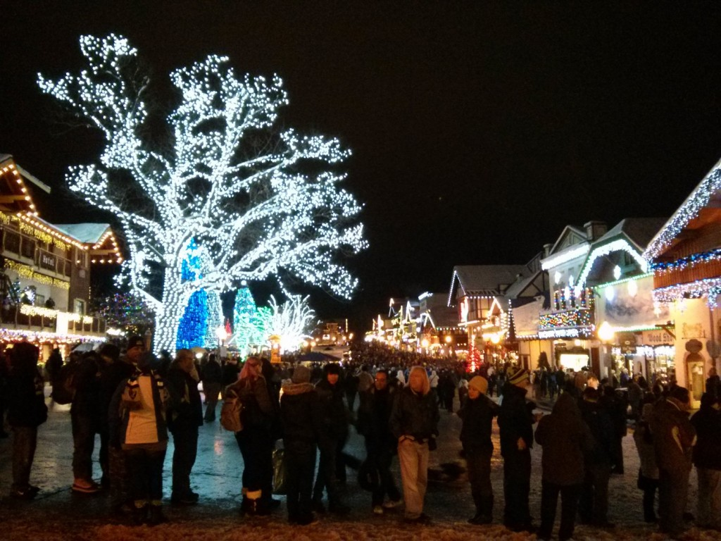 Leavenworth @ night during lighting festival
